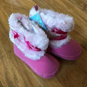 Other - ✨2For15✨NWT✨Pink Fur Baby Boots-Size 9/12 mo